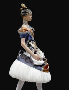 STYLING Fashion Art :: Alexander McQueen
