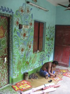Flower illustrations on house of a Patachitra artist