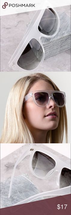 """Elsa"" Oversized Flat Top Aviators ⭐️⭐️Top Rated Seller - NEXT DAY SHIPPING⭐️⭐️ Oversize aviator sunglasses that feature a super flat top with exaggerated teardrop lenses and bold lines. The prominent features create a very stylish look for this season. Plastic based frame, metal hinges and UV400 protected. Clear Frost Frame with Smoke Lens.  Lens Width: 56mm Nose Bridge: 16mm Lens Height: 49mm Total Width: 142mm WCFashions Accessories Sunglasses"