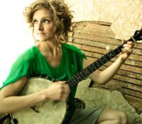 Abigail Washburn's angelic voice and her soul touching banjo pickin'...