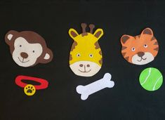 This classic classroom game makes a super fun guessing flannel! Doggy, doggy, where's your bone? Somebody took it from your home! Guess who… was it you? Or was it a monkey from the zoo? Classroom Games, Kindergarten Classroom, Zoo Animals, Felt Animals, Diy Busy Books, Reading Themes, Circle Game, Flannel Friday, Early Literacy