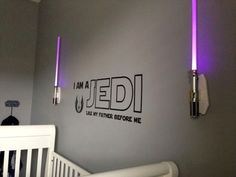 Star Wars: 'I am a Jedi like my father before me' wall quote flanked by lightsaber sconces Star Wars Bedroom, Star Wars Nursery, Star Wars Baby, Star Wars Kindergarten, Meninas Star Wars, Decoration Star Wars, Boy Room, Kids Room, Child's Room