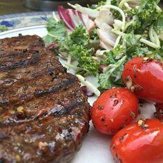 Steak kale salad and grape tomatoes! @Regrann from @keto.lowcarb - It's bbq season!! Steak kale salad and mini tomatoes.  #Regrann  via Instagram http://ift.tt/2cbvPQV  #ketosis