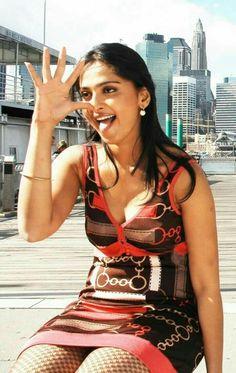 Anushka Shetty in Swagatam 2008 Beautiful Girl Indian, Most Beautiful Indian Actress, Beautiful Actresses, Actress Aishwarya Rai, Bollywood Actress, Tamil Actress, Indian Actress Hot Pics, South Indian Actress, Hot Actresses