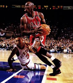 Jordan over Starks. I could never stand John Starks, even when I liked the Knicks! (RM)