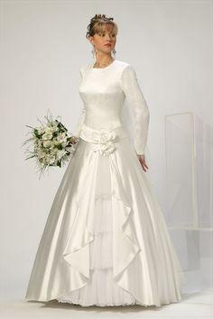 Anna Keisar Bridal modest wedding dress
