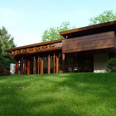 Frank Lloyd Wright Bachman Wilson House could be shipped from the U.S. to Italy.