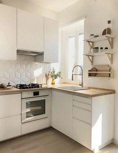 Small Kitchen Decor, Kitchen Remodel Small, Kitchen Design, Modern Kitchen, Kitchen Remodel Design, Kitchen Interior, Kitchen Decor Inspiration, Ikea Kitchen Design, Apartment Kitchen