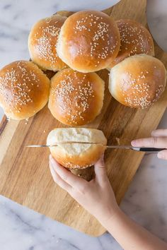 These fluffy, golden Sourdough Hamburger Buns will bring your burger night to the next level! Start the dough in the morning, and buns are ready by dinner. Sourdough Hamburger Buns Recipe, Sourdough Starter Discard Recipe, Sourdough Recipes, Sourdough Bread, Homemade Hamburger Buns, Brioche Bread, Bread Recipes, Butterhorn Rolls Recipe, Burger Bread