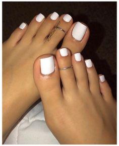 Toe Nails White, Gel Toe Nails, Painted Toe Nails, Pretty Toe Nails, Cute Toe Nails, Acrylic Nails Coffin Short, White Acrylic Nails, Feet Nails, Best Acrylic Nails