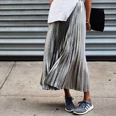 9 jeitos de deixar a saia plissada mais moderna - Moda it