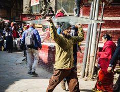 Transporting glass.  #streetphotography #streetsnap #streetscene #glass #kathmandu #nepal #nepali #asan #instanepal #dktm #nepalnow #nepalgram #nepal8thwonder #dutourdumonde #nikonlove #nikonnofilter #ktm #southasia #workinghard #streetphoto #streetphotos