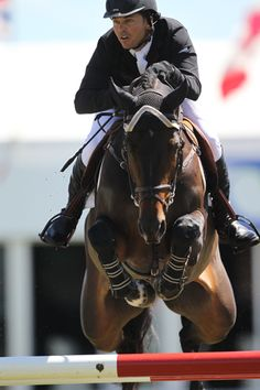 #KentFarrington (USA) and Venus, winners of Thursday's Cargill Cup, 2012 Canada One #yougottaloveamalehorserider