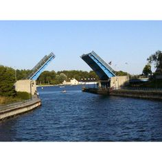 Charlevoix, MI   ...I went over this bridge