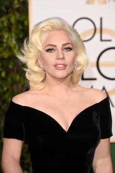 Pin for Later: Jetez un Oeil à Tous les Superbes Looks Beauté des Golden Globes Lady Gaga