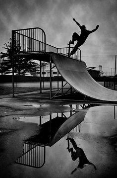#Skate #BlancoyNegro #LiveWell
