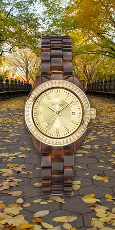 A horn-inspired look for fall.  #Caravelle