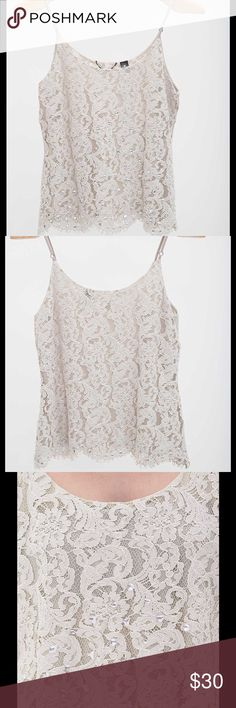 """Buckle BKE BOUTIQUE RHINESTONE TANK TOP small Great preowned. No wear. . Lace overlay tank Adjustable chiffon straps Body length 24"""" on size medium Model Info: Height: 5'11"""" 