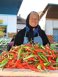 They are gardeners - grow beautiful food and are a charming, rustic people. They also had the sweetest flowers to sell - like small bunches of violets,or lily of the valley. Macedonia, Albania, Serbian Recipes, Serbian Food, Montenegro, Bulgaria, Bosnia Y Herzegovina, Street Food Market, Dalmatia Croatia