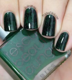 Emmy Awards 2013 Fashion Inspired Nails