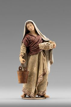 12 days of christmas costumes 12 days of christmas costumes Herdswoman con el cubo Fontanini Nativity, Diy Nativity, Christmas Nativity Scene, A Christmas Story, Nativity Scenes, Christmas In Italy, Christmas Carol, Christmas Bells, Biblical Costumes