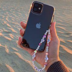 Bead Jewellery, Beaded Jewelry, Handmade Jewelry, Beaded Bracelets, Funky Jewelry, Cute Jewelry, Jewelry Accessories, Handmade Accessories, Cute Phone Cases