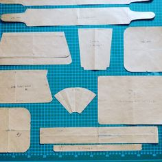 This article explains how you make a handbag pattern in order to produce a handbag. It also tells you what the pattern should contain.
