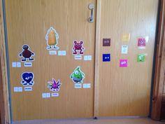 Babblarna, bilder uppsatta på väggen. Matte, Holiday Decor, Barn, Home Decor, Disney, Tips, Creative, Pictures, Converted Barn
