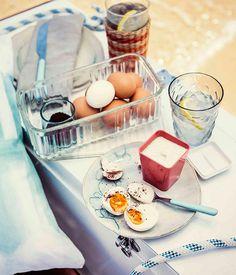 Boiled eggs with tahini-yoghurt and sumac.
