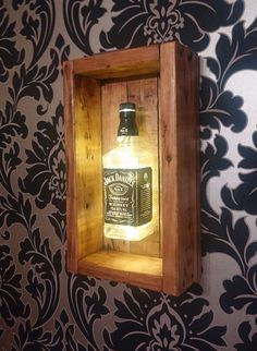 40 pallet project infusion of old and new pallet ideas pallet wood projects diy diy pallet projects what to make with wood pallets pallet wood wall projects woods en palitt New Pallet Ideas, Diy Pallet Projects, Project Projects, Diy Wood Projects For Men, Jack Daniels Bottle, Jack Daniels Lamp, Wood Lamps, Diy Holz, Bars For Home