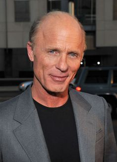 Ed Harris, Actor: A Beautiful Mind. By transforming into his characters and pulling the audience in, Ed Harris has earned the reputation as one of the most talented actors of our time. Ed Harris was born in Tenafly, New Jersey, to Margaret (Sholl), a travel agent, and Robert Lee Harris, a bookstore worker who also sang professionally. Both of his parents were originally from Oklahoma. Harris grew up as the middle child. After ...