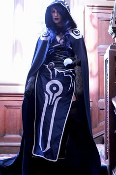 Female Jace Beleren - Magic the Gathering Cosplay