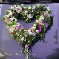 Wedding Car Decorations, Funeral Flowers, Holiday Cocktails, Woodland Party, Floral Wreath, Wreaths, Beautiful, Design, Car Decorating