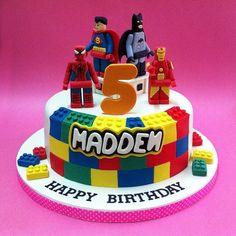 LEGO Marvel Super Hero Cake cakepins.com