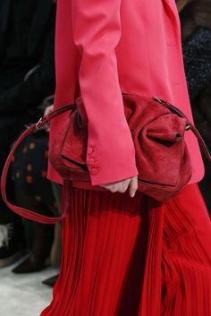 Valentino, Automne/Hiver 2018, Paris, Womenswear Valentino, Red Leather, Leather Jacket, Colorful Fashion, Paris, Jackets, Style, Names, Fall Winter
