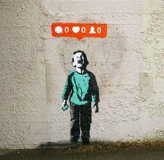 Une sélection des créations street art de l'artiste canadien iHeart, basé à Vancouver, qui s'amuse à mettre en scène nos addictions aux réseaux sociaux e