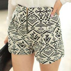 High Waistline Zipper Ethnic Style Totem Pattern Ladylike Women's Shorts