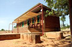 Biblioteca en Le Village Laafi