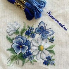 This Pin was discovered by Neş Cross Stitch Love, Cross Stitch Cards, Cross Stitch Flowers, Cross Stitch Designs, Cross Stitching, Cross Stitch Embroidery, Embroidery Patterns, Hand Embroidery, Cross Stitch Patterns