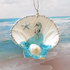 Seahorse Ornament, Sea Horse Ornament, Seahorse Decor Aqua Sea Shell Ornament Shell Window Decor Beach Tree Ornament, Beach Party GIFT BOXED - Capital of design Seashell Painting, Seashell Art, Seashell Crafts, Starfish, Painting On Shells, Stone Painting, Beach Christmas, Coastal Christmas, Xmas