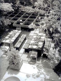 Smith Residence by Whitney Smith, 1953, photo by Julius Shulman