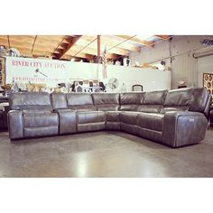 Two oversize recliners | Auction 6/10/16 | Pinterest | Oversized recliner Recliner and Wholesale furniture  sc 1 st  Pinterest & Two oversize recliners | Auction 6/10/16 | Pinterest | Oversized ... islam-shia.org