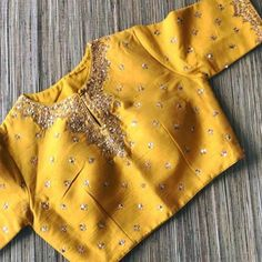 61 Ideas Embroidery Blouse Designs Cotton For 2019 Blouse Designs Silk, Designer Blouse Patterns, Maggam Work Designs, Stylish Blouse Design, Embroidery Fashion, Embroidery Suits, Indian Designer Wear, Saree Blouse, Blouses