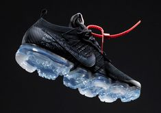 Take a Closer Look at the Virgil Abloh x Nike Air VaporMax in All Black: Mark your calendars. Milan Fashion Weeks, New York Fashion, Curvy Petite Fashion, Running Shoes Nike, Nike Shoes, Victorias Secret Models, Africa Fashion, Air Jordan Shoes, Nike Air Vapormax