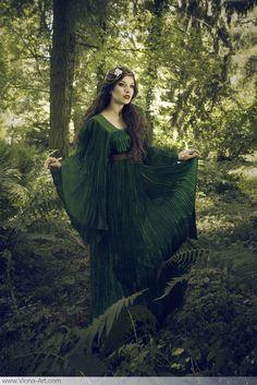 """Sylvanian Fey"" Viona-Art  contemporary romantic photography & art direction"