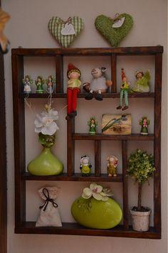 Polička na dekorácie Bookcase, Shelves, Home Decor, Shelving, Decoration Home, Room Decor, Book Shelves, Shelving Units, Home Interior Design