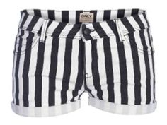 What:+Striped+shortsBrand:+OnlyPrice:+Rs.1599Where+to+buy:+Only+outlets+across+the+country
