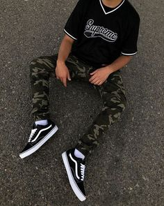 Best How To Wear Sneakers Men Mens Fashion Ideas Best How To Wear Sneakers Men Mens Fashion Ideas sneakers fashion howtowear How To Wear Sneakers, Sneakers Mode, Sneakers Fashion, Men Sneakers, Tumblr Sneakers, White Sneakers, Streetwear Men, Streetwear Fashion, Streetwear Clothing