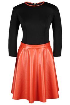 Rochie de ocazie moderna, bicolora, portocaliu cu negru, cu fermoar metalic la spate.