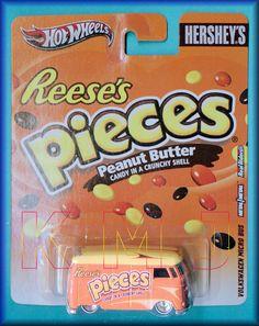 Hot Wheels 2012 - Nostalgia - Hershey's Reese's Pieces - VOLKSWAGEN MICRO BUS - Orange - Metal/Metal & Real Riders!